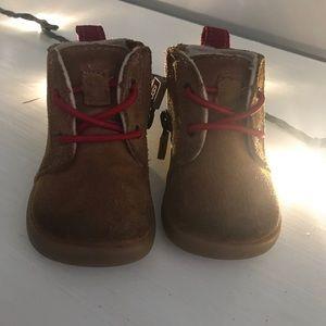 UGG baby boots 0/1